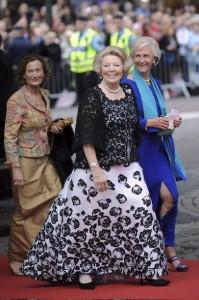 Fotos de vestidos de fiesta para gorditas adultas (12)