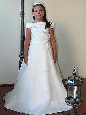 Imagenes de vestidos de comunion para gorditas