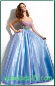 Hermosos vestidos de fiesta para gorditas quinceañeras (3)