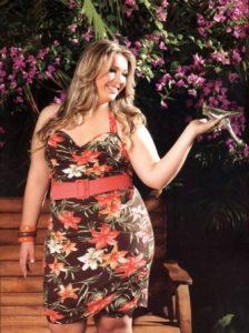 15 opciones de vestidos floreados de fiesta para gorditas (10)