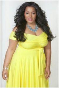 11 Bonitos vestidos de fiesta para gorditas en color amarillo (4)