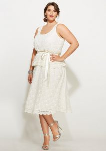 10 modelos de vestidos de fiesta para gorditas de graduación (2)